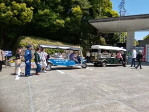 tuktukのバスも登場